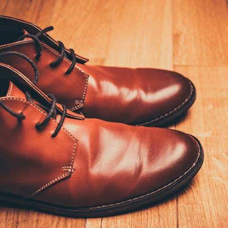 صورة لقسم الأحذية